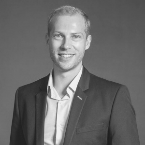 "Louw Barnardt | Co-Founder and Director of Outsourced CFO | <a href=""https://www.linkedin.com/in/louwbarnardt/"" target=""_blank"" rel=""noopener noreferrer""><i class=""fab fa-linkedin""></i></a>"
