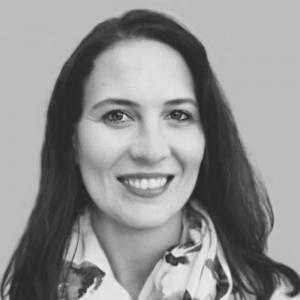 "Helene Smuts | Founder of Credo Growth | <a href=""https://www.linkedin.com/in/theronhelene/"" target=""_blank"" rel=""noopener noreferrer""><i class=""fab fa-linkedin""></i></a>"