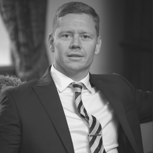 "Dustin Graham | Managing Partner at Benchmark International | <a href=""https://www.linkedin.com/in/dustin-graham-58159b33/"" target=""_blank"" rel=""noopener noreferrer""><i class=""fab fa-linkedin""></i></a>"