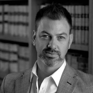 "Richard Sharp | Founder & CEO of Heritage Wealth Partners | <a href=""https://www.linkedin.com/in/richard-sharp-105bb022/""target=""_blank"" rel=""noopener noreferrer""><i class=""fab fa-linkedin""></i></a>"