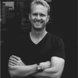 "Willem van der Post | Founder at xTech.Capital | <a href=""https://www.linkedin.com/in/wvanderpost/"" target=""_blank"" rel=""noopener noreferrer""><i class=""fab fa-linkedin""></i></a>"
